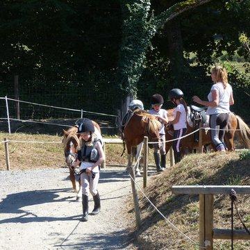 Balade à poney autour de l'étang de Vaulnaveys