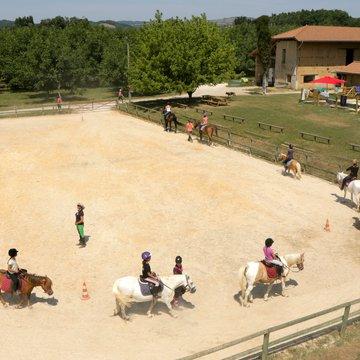Stage d'équitation entre ados